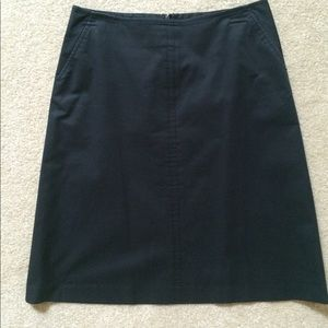 Banana Republic off black a line skirt
